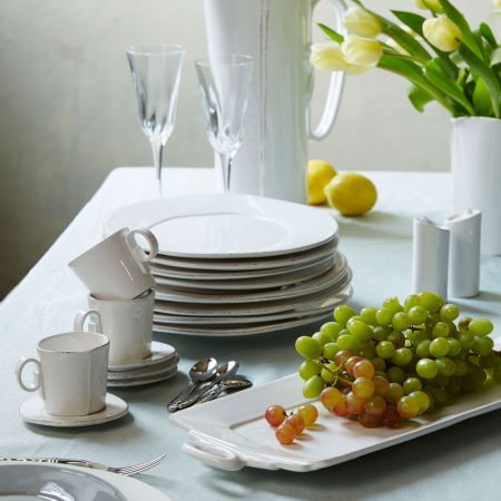 Vietri Lastra table setting